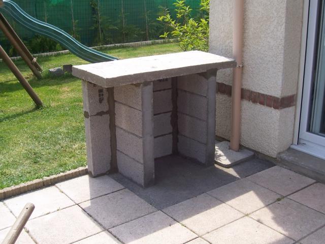 Mon barbecue fait maison for Construire son barbecue exterieur